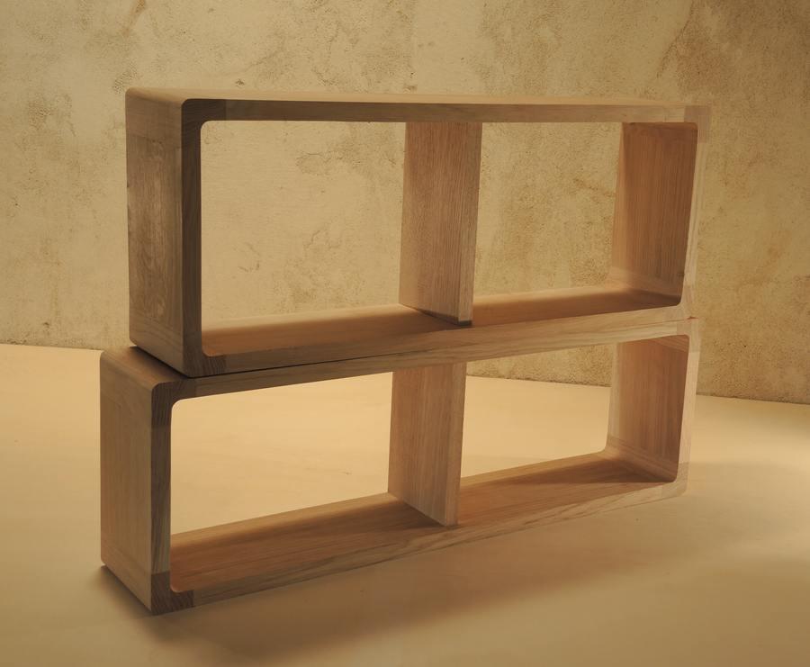 Etagères en bois massif zigzag très modernes