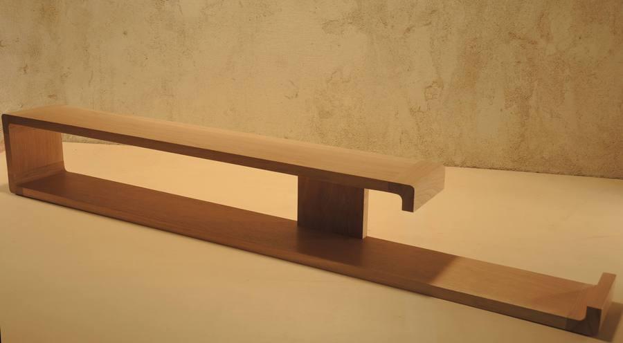 Etagèresen bois massif zigzag très modernes