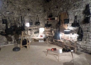 exposition créateurs de mobilier bois et d'accessoires en chambre à air