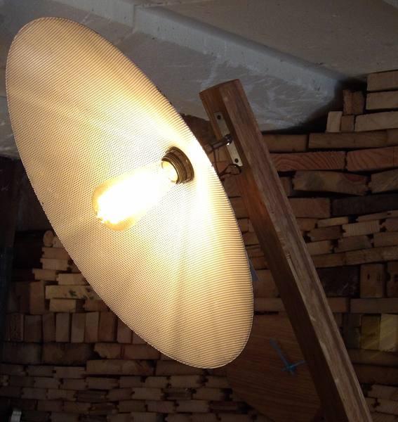 luminaires sur pied archives l 39 atelier a rawmat. Black Bedroom Furniture Sets. Home Design Ideas