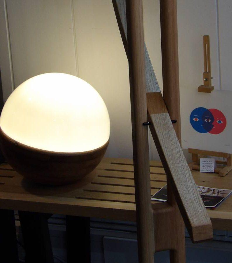 Luminaire design chêne fabriqué en Auvergne