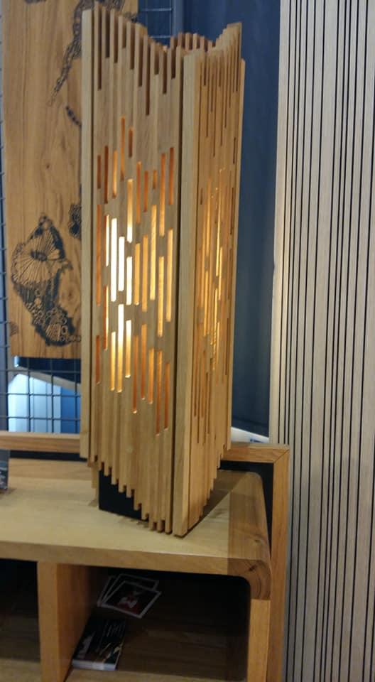création luminaires bois arawmat