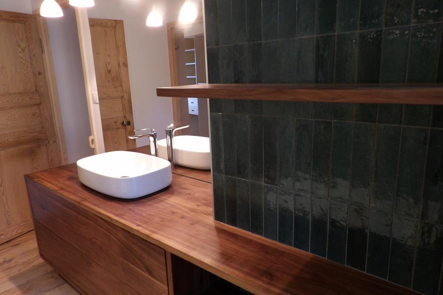 création meuble vasque noyer